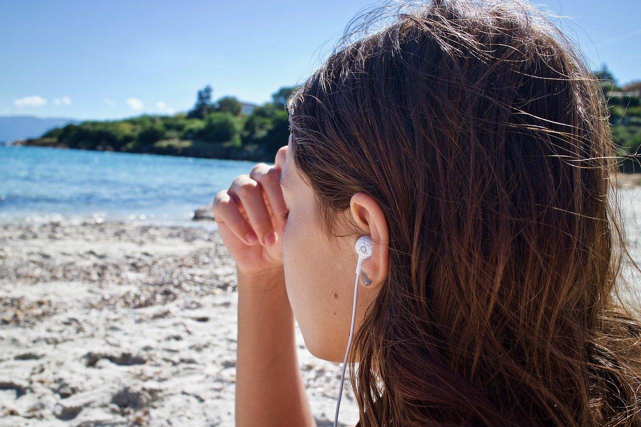 meditación, escucha, música